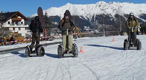 Elektrisch Skifahren mit Segways